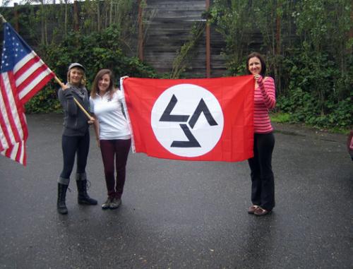 From left to right: Kelly Conrady, Rebecca Hughes (Barrett), and Laura Cole (Bailey)