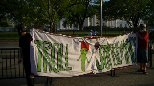 "The ""troll supremacy"" banner used to keep a drunk racist out of people's faces"