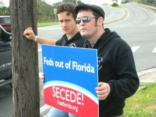 Marshall Rawson with known white nationalist and League of the South leader Michael Cushman.